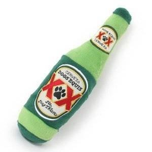 Gioco per cani bottiglia di birra in peluche Dog Diggin Designs