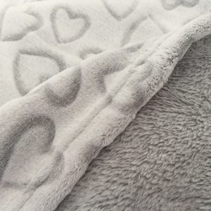 LOVELY HEARTS GREY-coperta pile con cuori